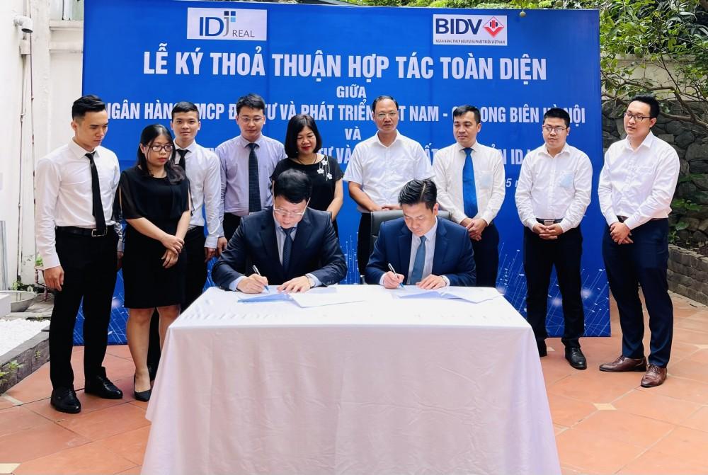 IDJ Real ký kết với BIDV